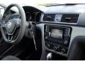 Volkswagen Passat S Sedan Platinum Gray Metallic photo #19