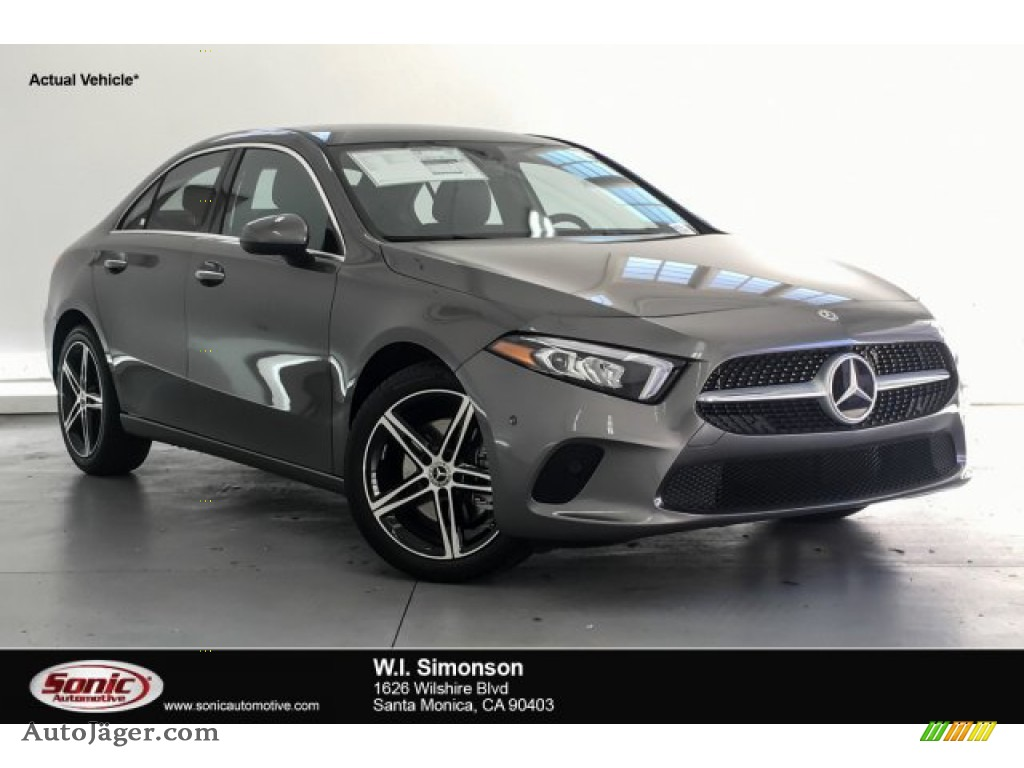 2019 A 220 Sedan - Mountain Grey Metallic / Black photo #1