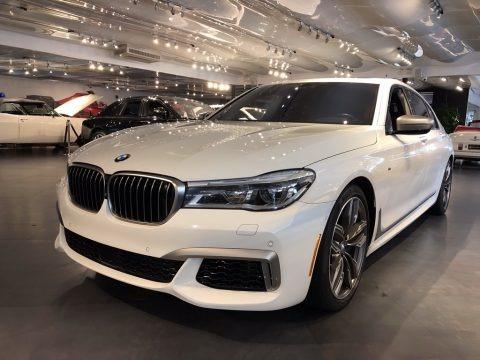 Alpine White 2018 BMW 7 Series M760i xDrive Sedan