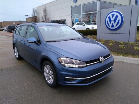 Silk Blue Metallic 2019 Volkswagen Golf SportWagen S 4Motion