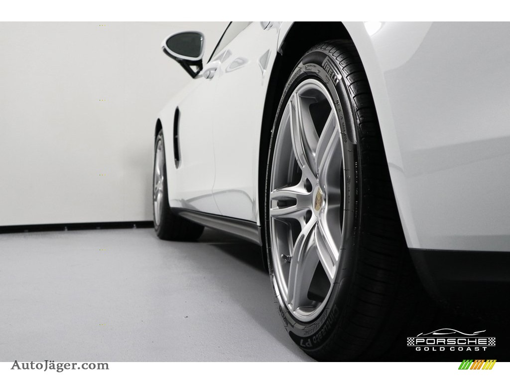 2019 Panamera 4 - White / Black/Luxor Beige photo #5