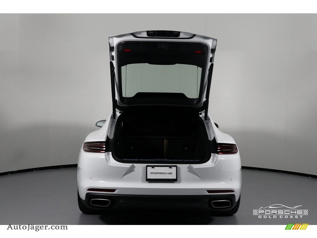 2019 Panamera 4 - White / Black/Luxor Beige photo #7