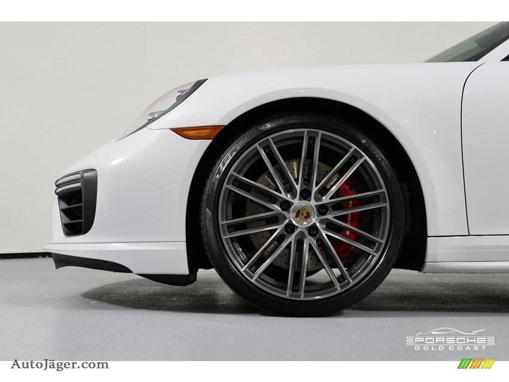 2019 911 Turbo Coupe - White / Bordeaux Red photo #11