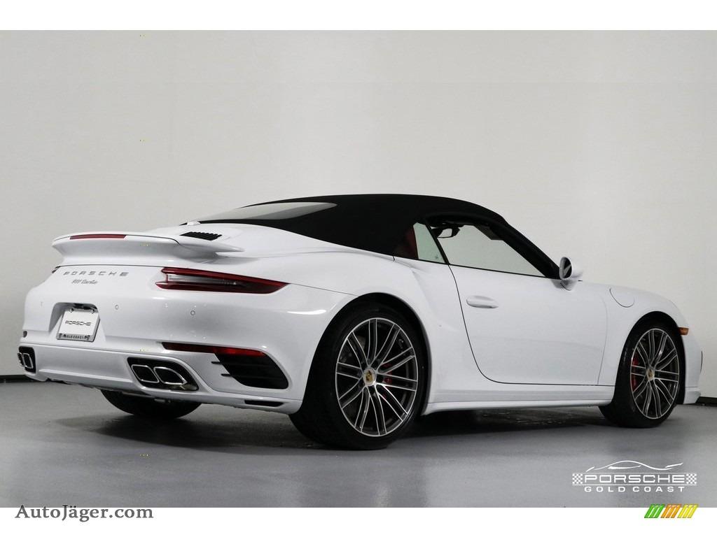2019 911 Turbo Coupe - White / Bordeaux Red photo #30