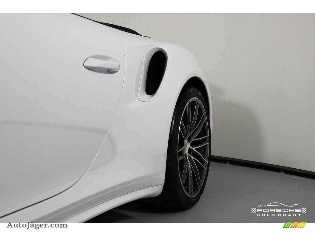 2019 911 Turbo Coupe - White / Bordeaux Red photo #35