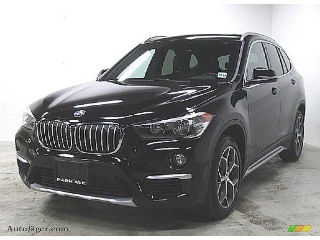 2018 X1 xDrive28i - Jet Black / Black photo #1