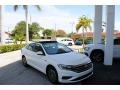 Volkswagen Jetta SEL Pure White photo #1