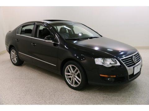 Deep Black 2008 Volkswagen Passat Lux Sedan