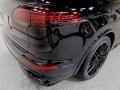 Porsche Cayenne Turbo Black photo #6