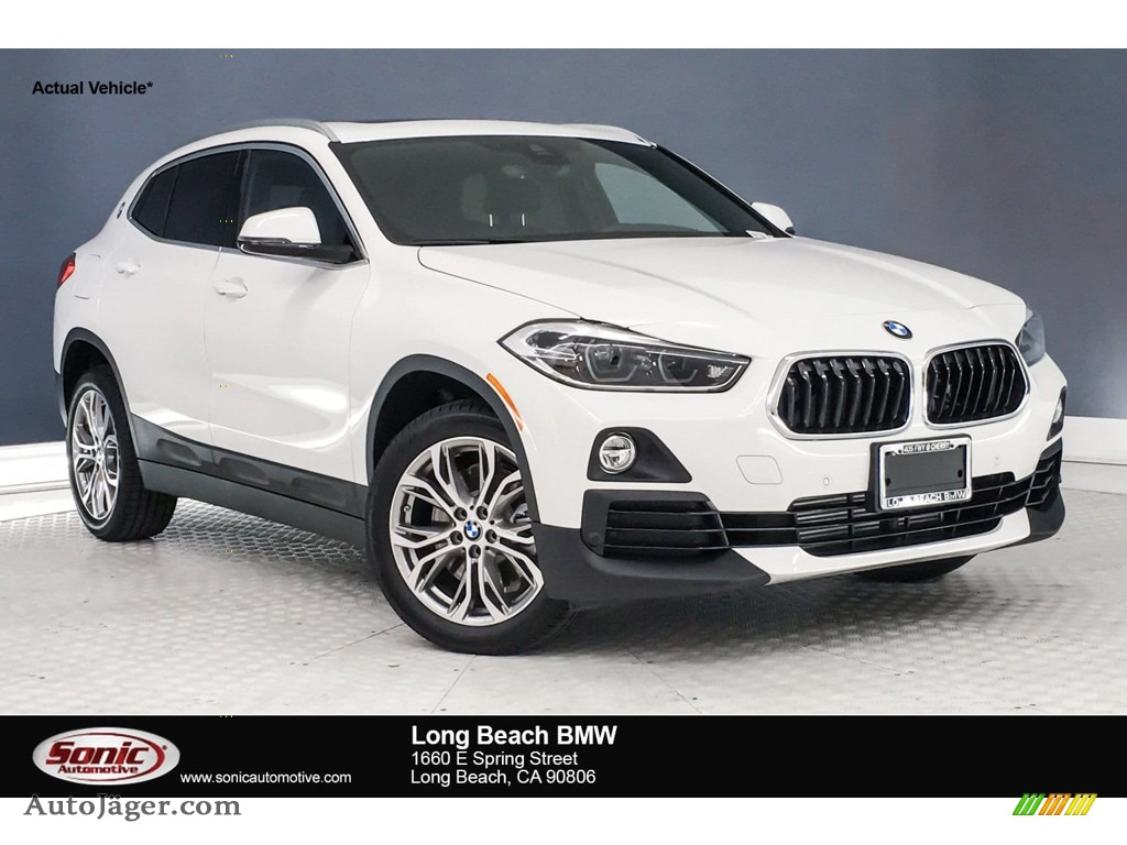 2019 X2 sDrive28i - Alpine White / Black photo #1