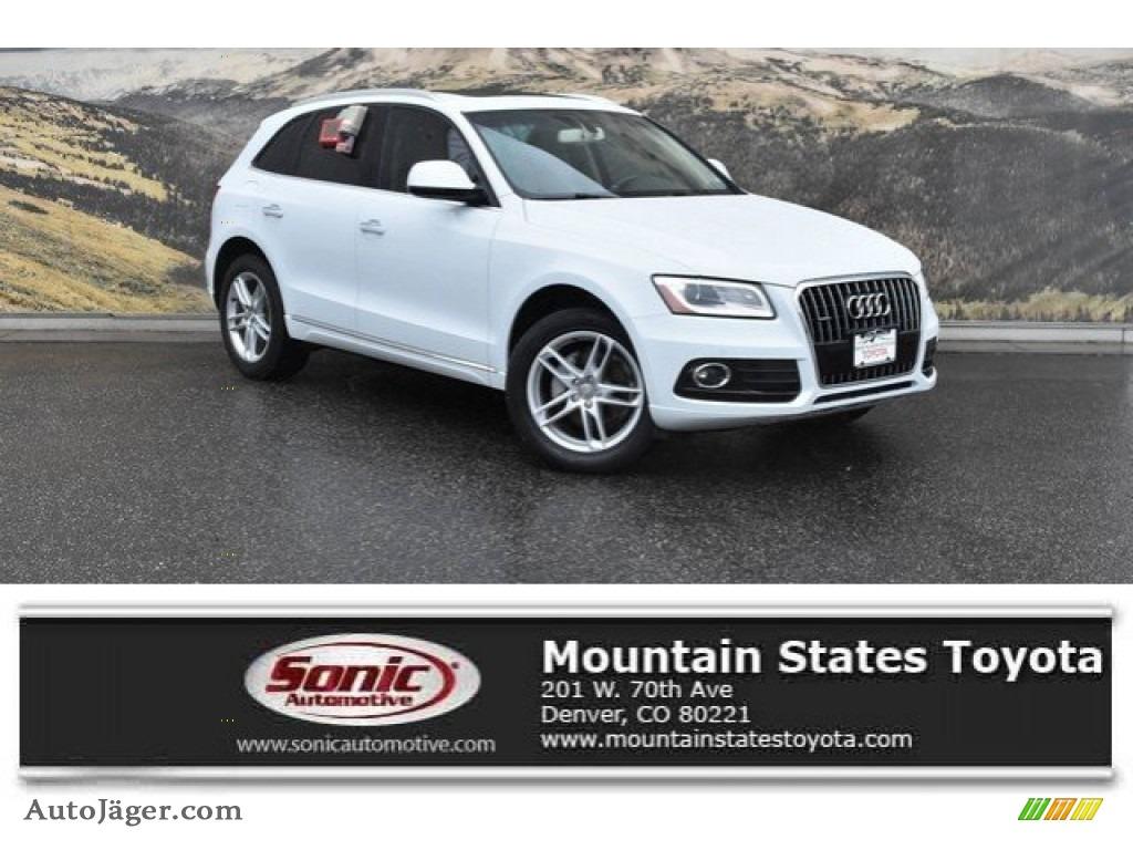 Glacier White Metallic / Pistachio Beige Audi Q5 2.0 TFSI Premium Plus quattro