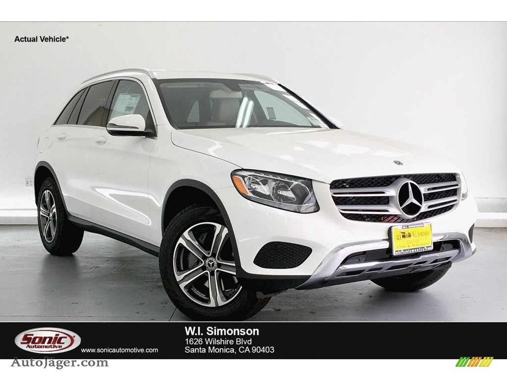 2019 GLC 300 - Polar White / Espresso Brown/Black photo #1