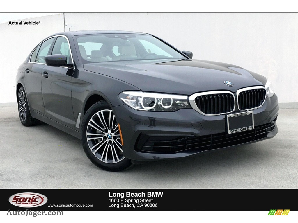 2019 5 Series 540i Sedan - Dark Graphite Metallic / Ivory White photo #1