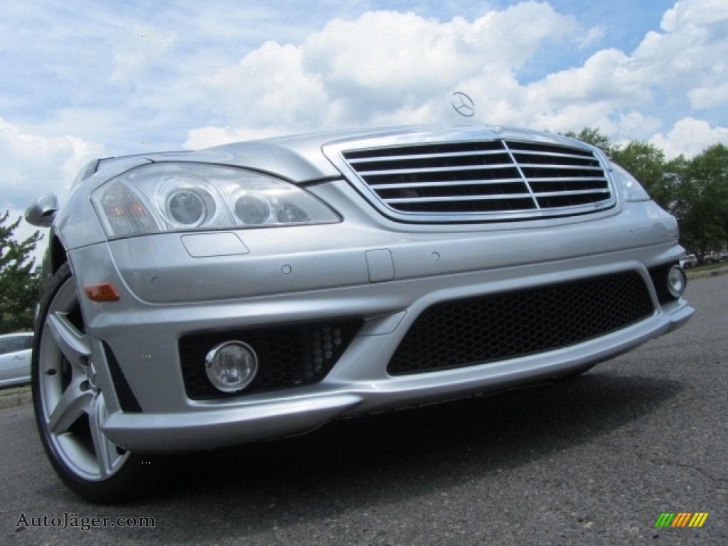 2009 S 63 AMG Sedan - Iridium Silver Metallic / Black photo #1