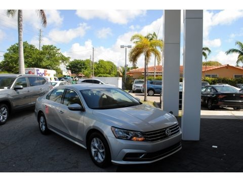 Reflex Silver Metallic 2016 Volkswagen Passat S Sedan