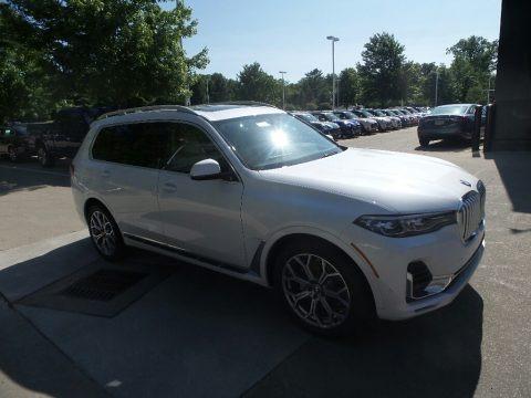 Mineral White Metallic 2019 BMW X7 xDrive40i