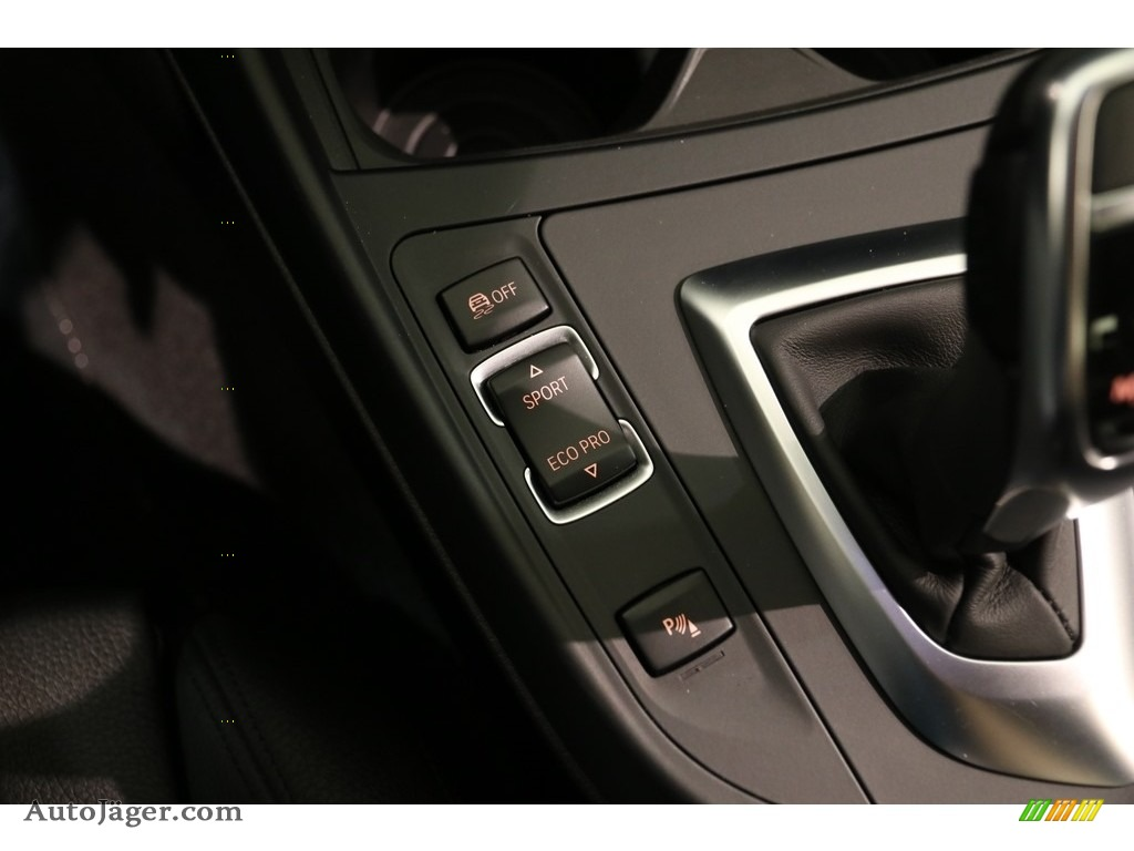2016 2 Series 228i xDrive Coupe - Black Sapphire Metallic / Black photo #14