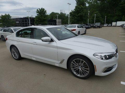 Mineral White Metallic 2019 BMW 5 Series 530i xDrive Sedan