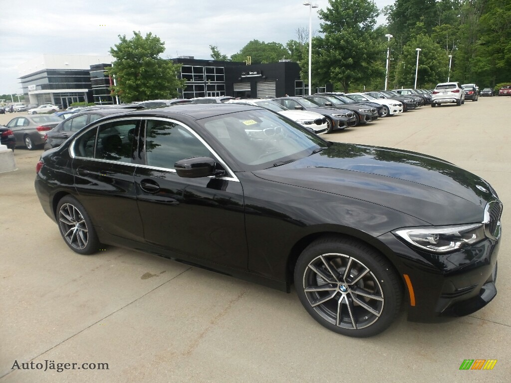 2019 3 Series 330i xDrive Sedan - Jet Black / Black photo #1