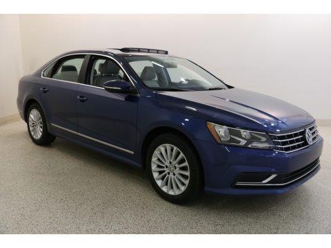 Reef Blue Metallic 2017 Volkswagen Passat SE Sedan
