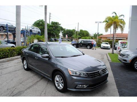 Platinum Gray Metallic 2016 Volkswagen Passat S Sedan