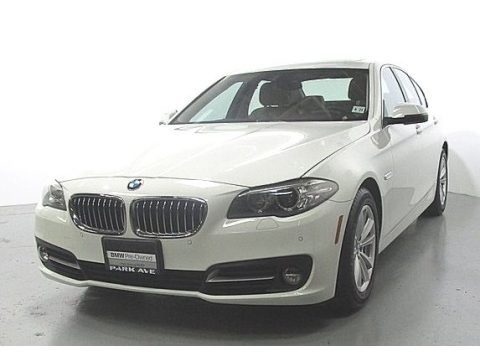 Alpine White 2016 BMW 5 Series 528i xDrive Sedan