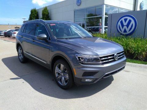 Platinum Gray Metallic 2019 Volkswagen Tiguan SEL Premium 4MOTION