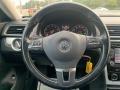 Volkswagen Passat 2.5L SE Black photo #17