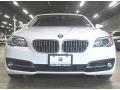 BMW 5 Series 528i xDrive Sedan Alpine White photo #3