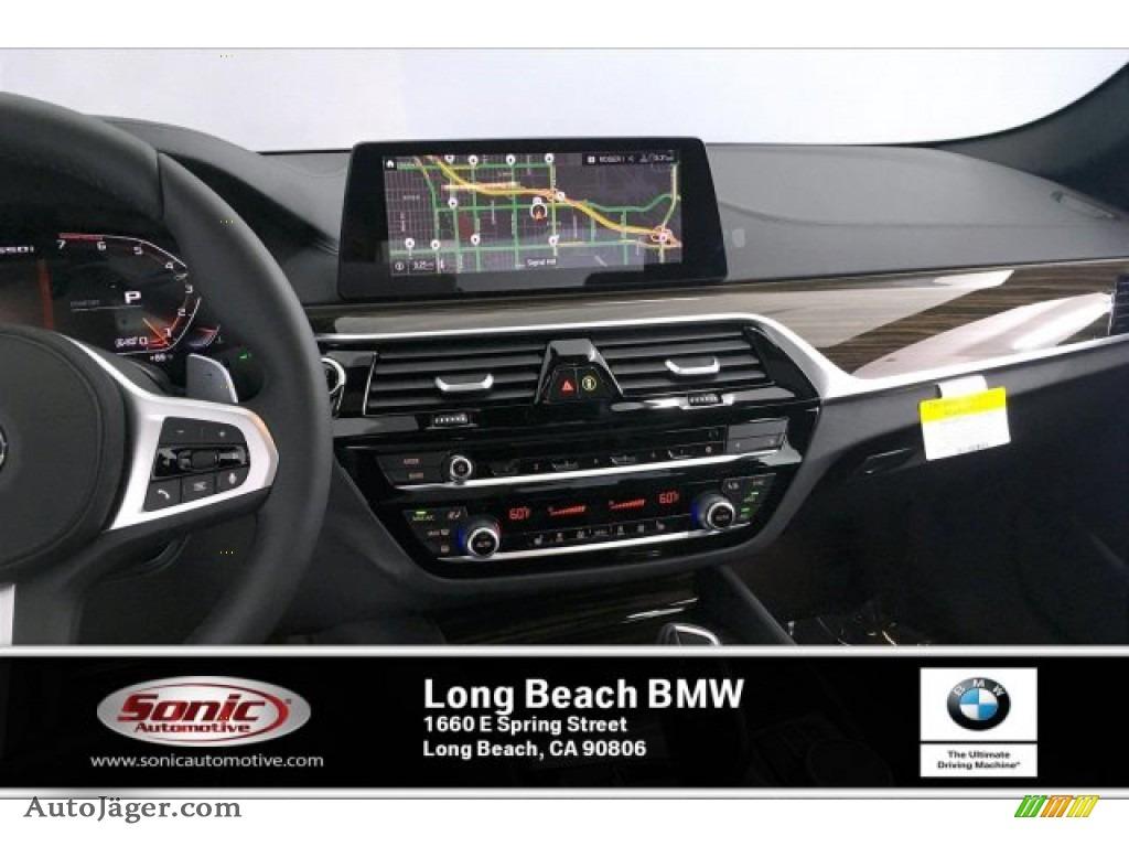 2020 5 Series M550i xDrive Sedan - Carbon Black Metallic / Black photo #5