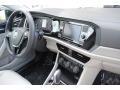 Volkswagen Jetta SE Black photo #19