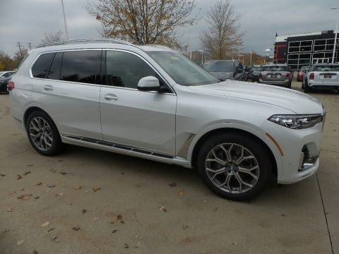 Mineral White Metallic 2020 BMW X7 xDrive40i
