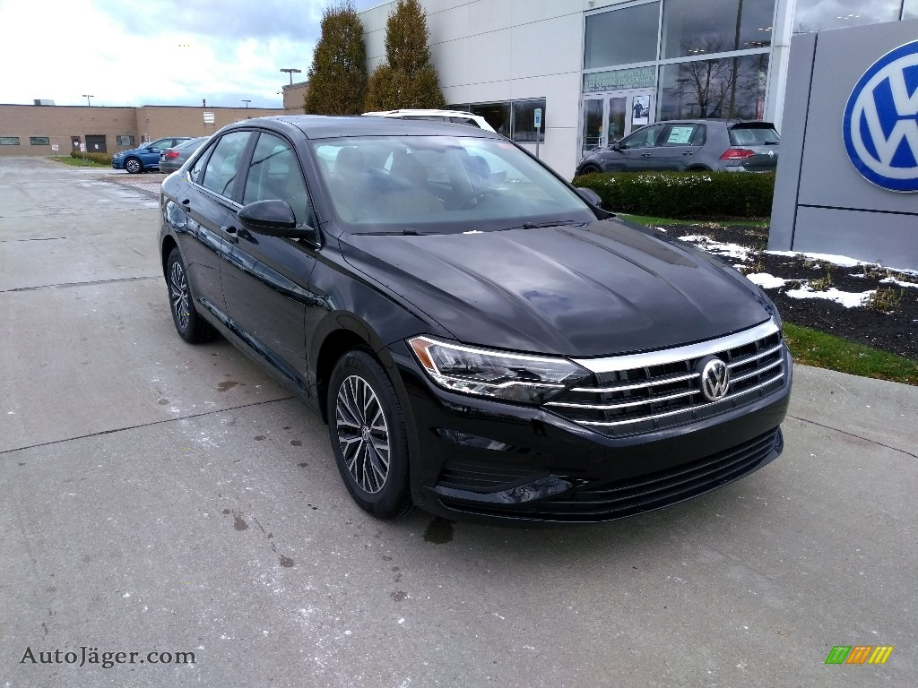 2019 Jetta SE - Black / Dark Beige photo #1