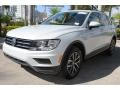 Volkswagen Tiguan SE White Silver Metallic photo #5