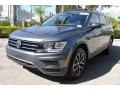 Volkswagen Tiguan SE Platinum Gray Metallic photo #5