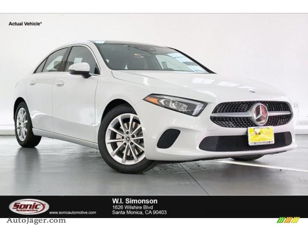 2020 A 220 Sedan - Digital White Metallic / Black photo #1