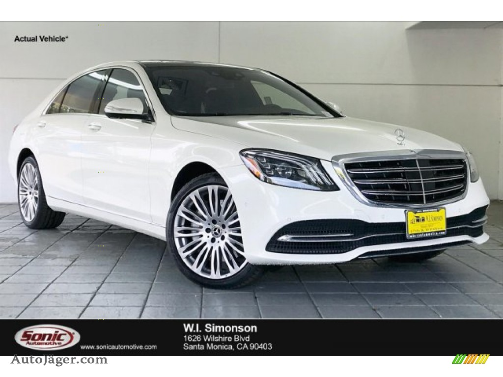 designo Diamond White Metallic / Black Mercedes-Benz S 560 Sedan