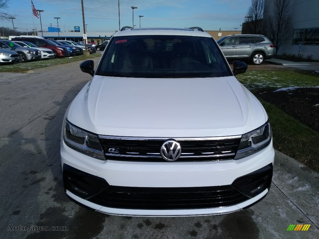 2020 Tiguan SE R-Line Black 4MOTION - Pure White / Titan Black photo #2