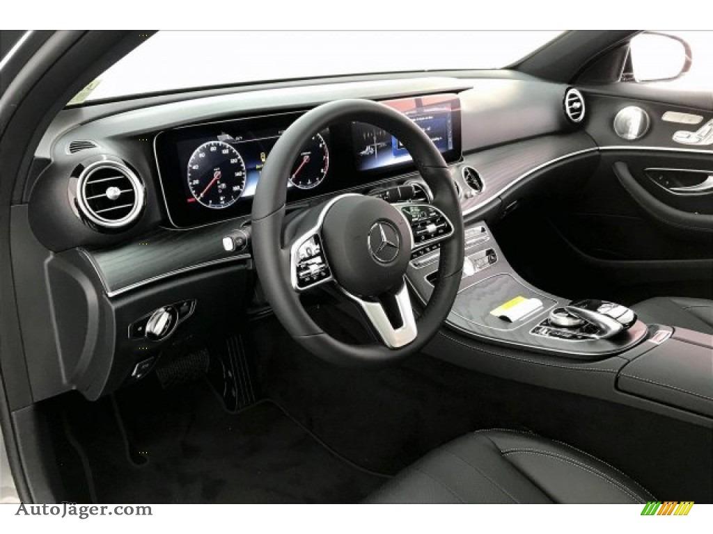 2020 E 450 4Matic Sedan - Selenite Grey Metallic / Black photo #4