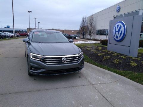 Platinum Gray Metallic 2020 Volkswagen Jetta SEL Premium