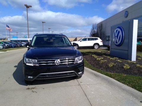Deep Black Pearl 2020 Volkswagen Tiguan SEL 4MOTION