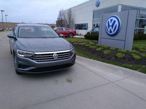 Platinum Gray Metallic 2020 Volkswagen Jetta S