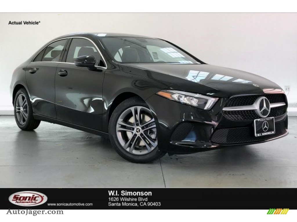 2020 A 220 Sedan - Night Black / Black photo #1