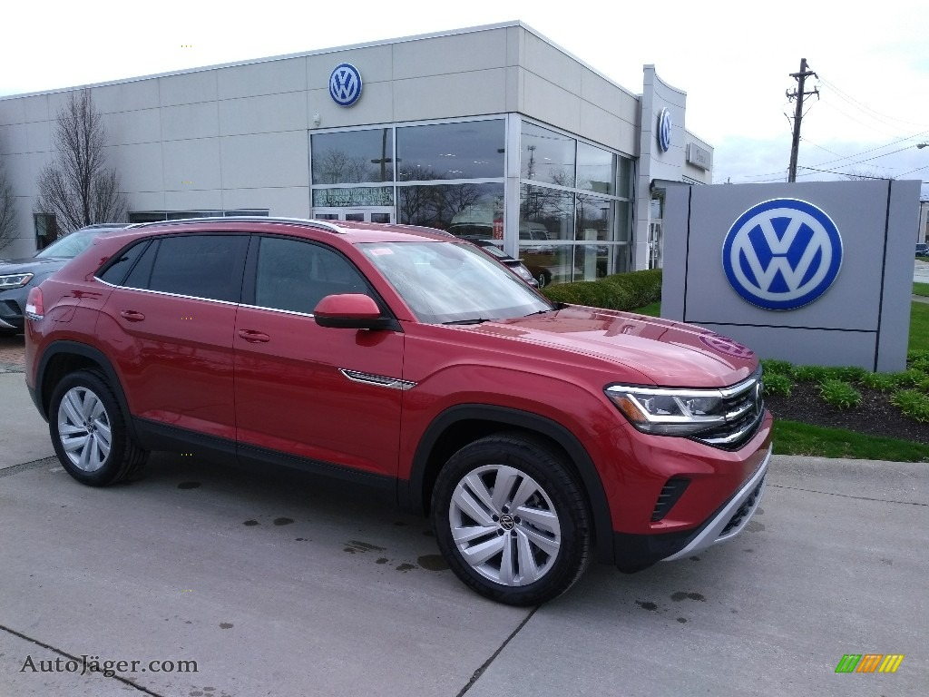 Aurora Red Chroma Metallic / Titan Black Volkswagen Atlas Cross Sport SE Technology 4Motion