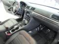Volkswagen Passat SE Deep Black Pearl photo #16