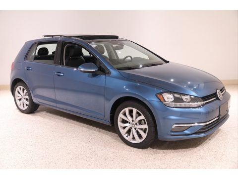 Silk Blue Metallic 2019 Volkswagen Golf SE