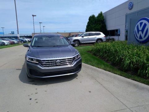 Platinum Gray Metallic 2020 Volkswagen Passat R-Line