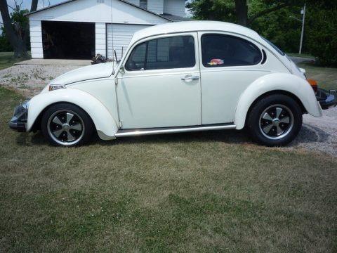 Atlas White 1974 Volkswagen Beetle Coupe