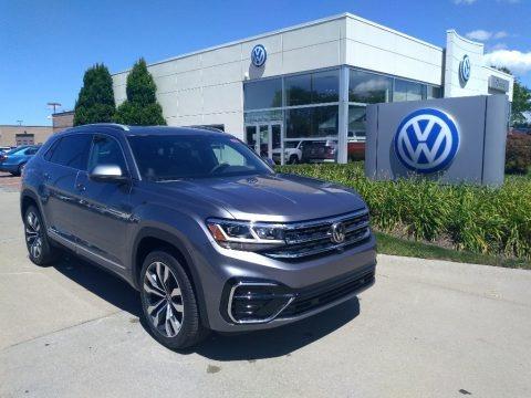 Platinum Gray Metallic 2020 Volkswagen Atlas Cross Sport SEL R-Line 4Motion