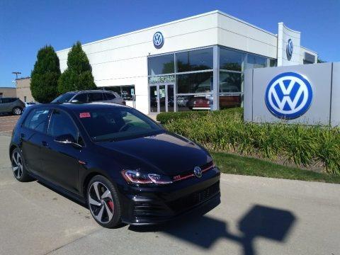 Deep Black Pearl 2020 Volkswagen Golf GTI SE